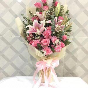 Hand Bouquet HB06