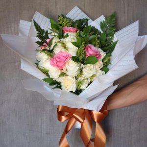 Hand Bouquet HB07
