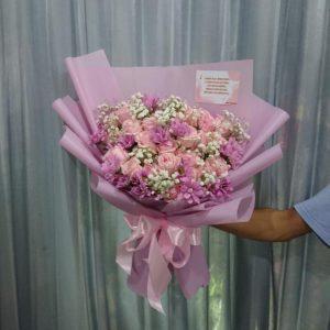 Hand Bouquet HB08