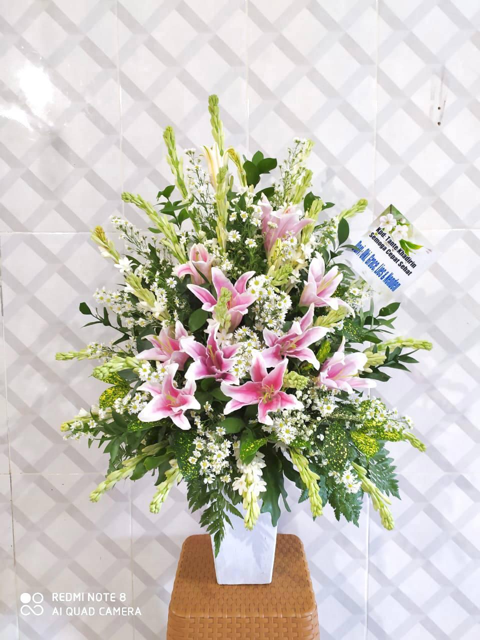 Rangkaian Bunga Meja BM03