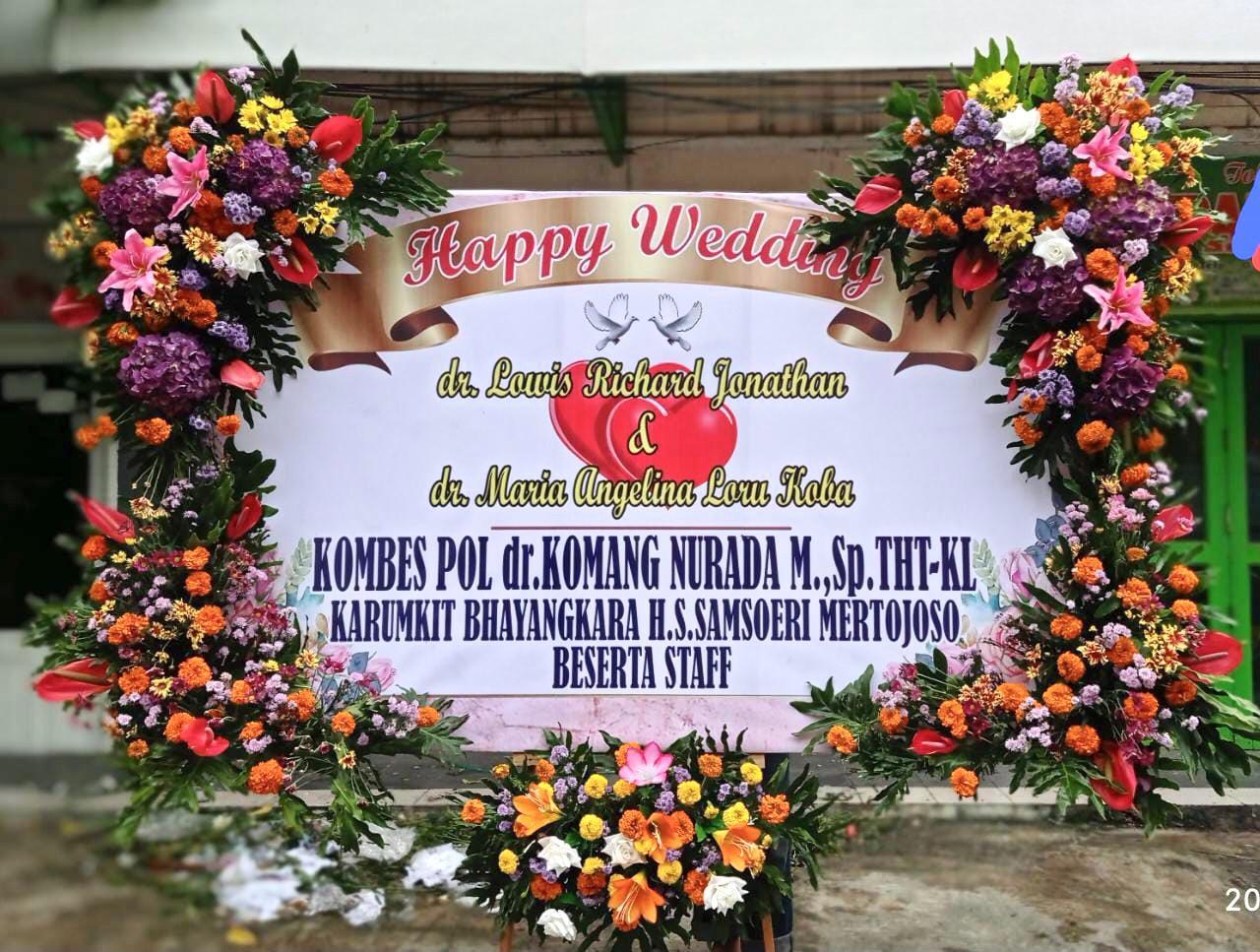 Rangkaian Bunga Pernikahan BN01